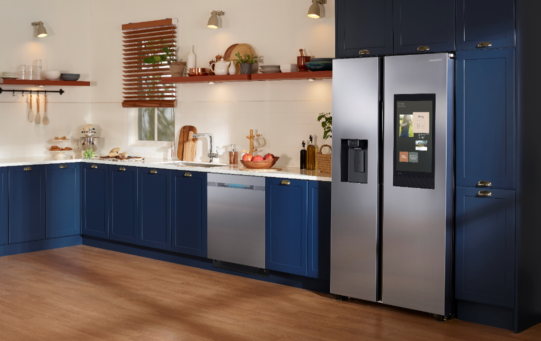 2020 kitchen trends blue cabinets